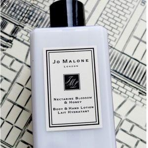 Jo Malone Nectarine Blossom Honey Body Hand Lotion